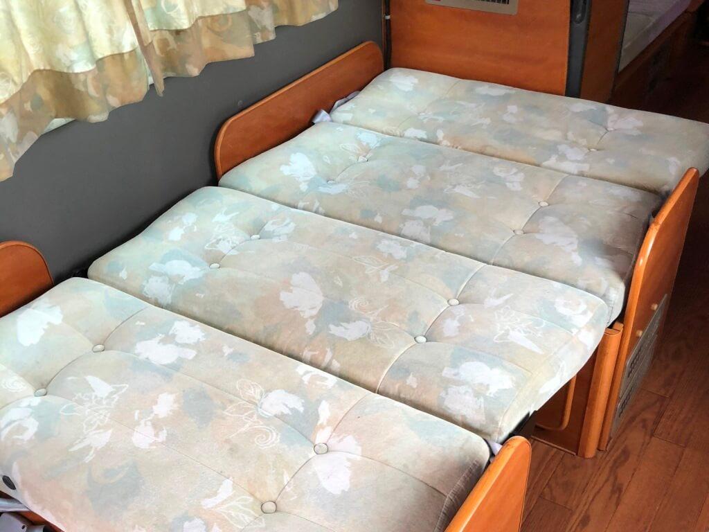 フロントベッド